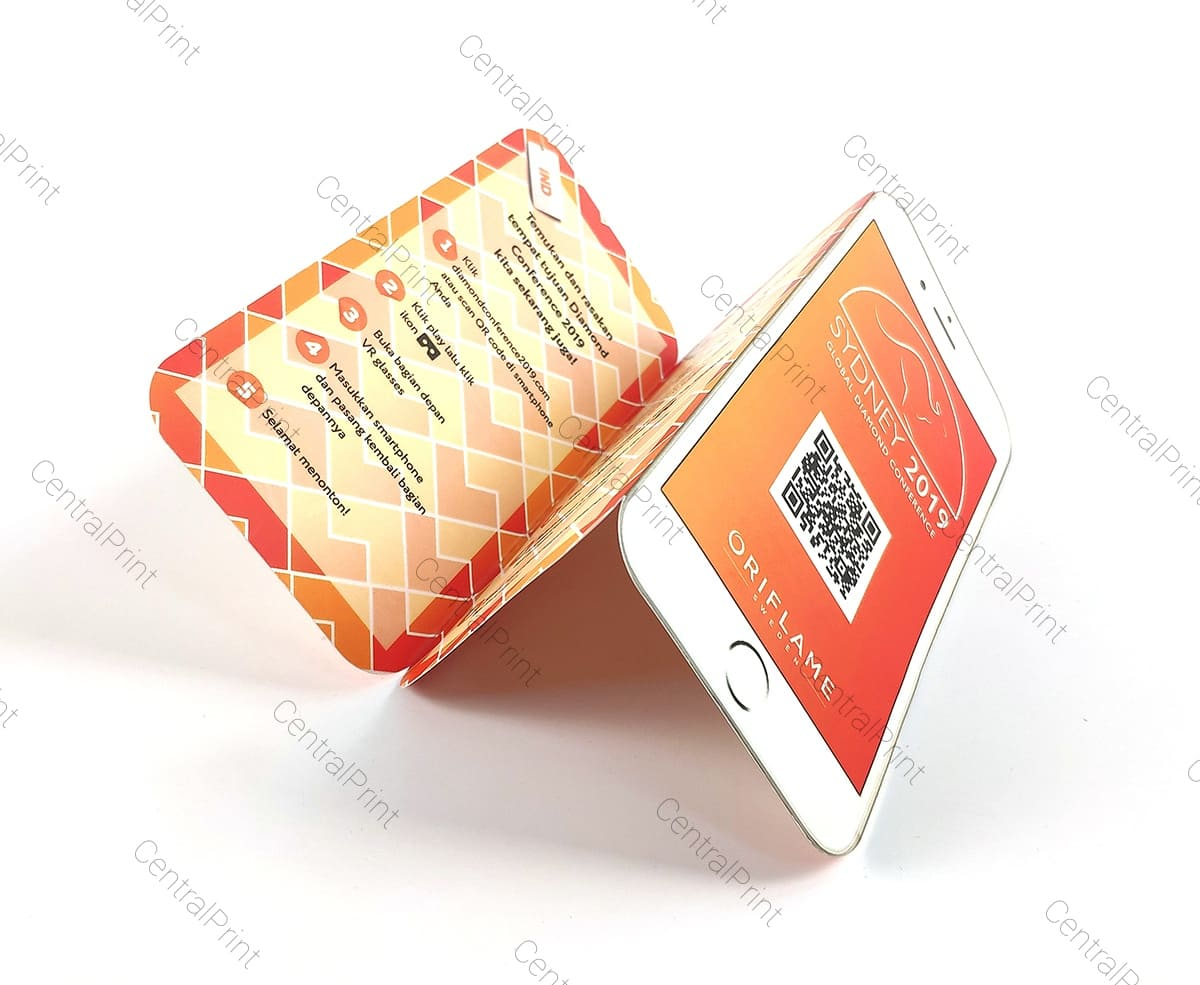 буклеты со штрих кодом в виде телефона
