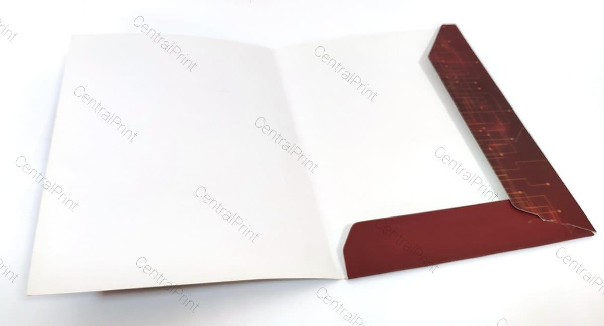 пример открытой папки с уголком