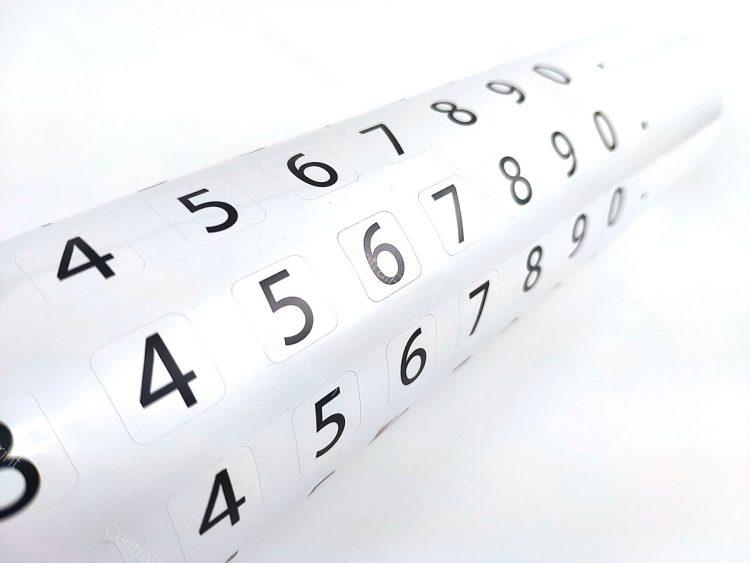 пример наклейки с цифрами